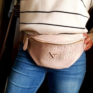Guess fanny pack like new